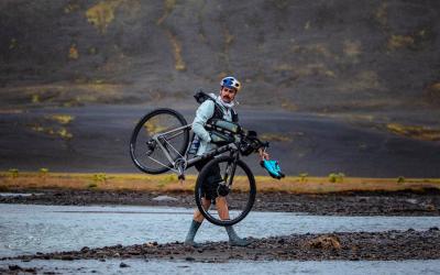 Un 'millenial' hace historia tras recorrer la ruta islandesa FKT en tiempo récord