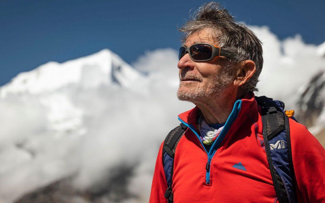Un emocionado Carlos Soria pone punto y final a su expedición en Dhaulagiri